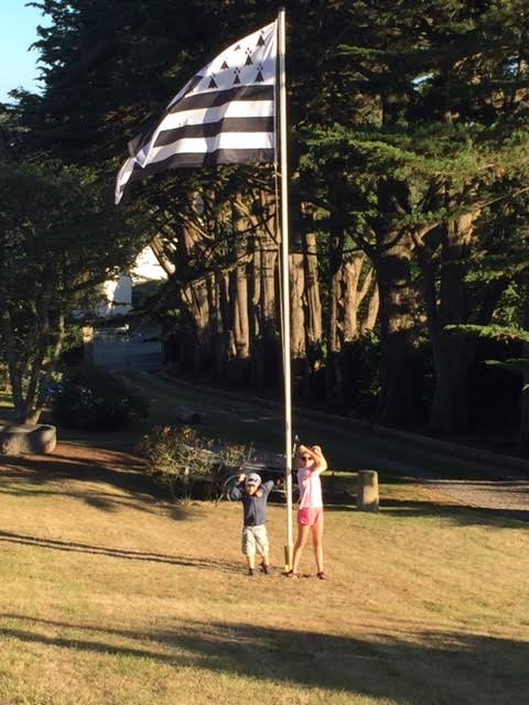 4 aout drapeau