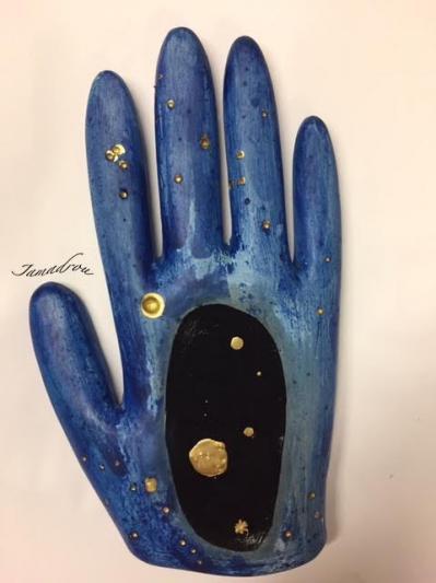 Dans le plat de ma main2 signe
