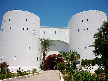 Fernand pouillon monumental architecte m24799